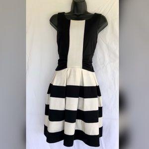 Women's size 10 Elle sleeveless w/side zipper